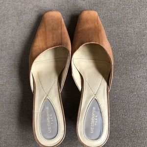 Liz Claiborne Flex tan slip-on leather kitten heel